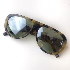 Tods Aviator Tortoise Sunglasses Whipstitched Trim